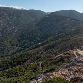 Da Monti Serrau, veduta verso Pinn'e Perda