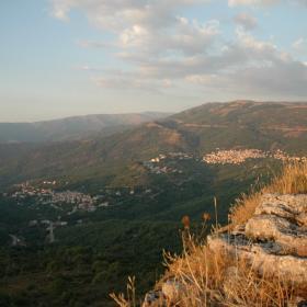 Aritzo, veduta del paese da Texile (Autore: Curreli Massimiliano da Sardegna Digital Library)