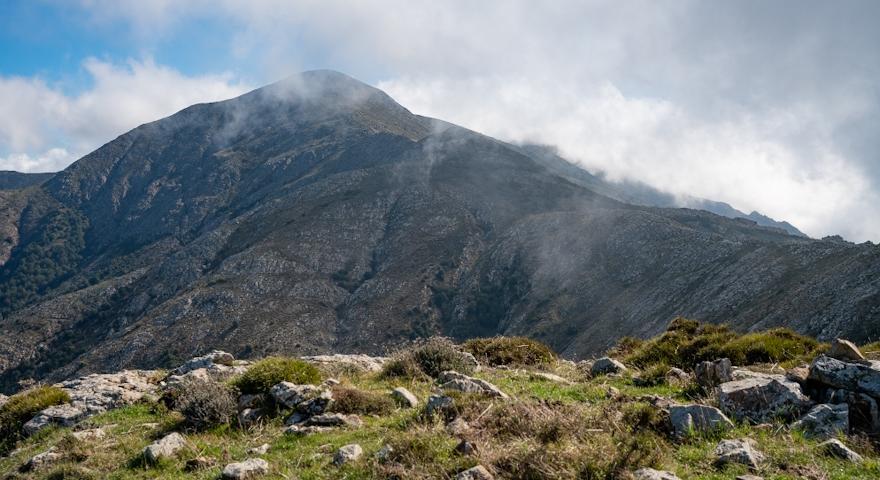 La cresta e Punta Perda de sa Mesa