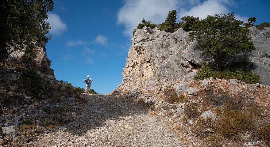 Scollinando presso Monti Serrau