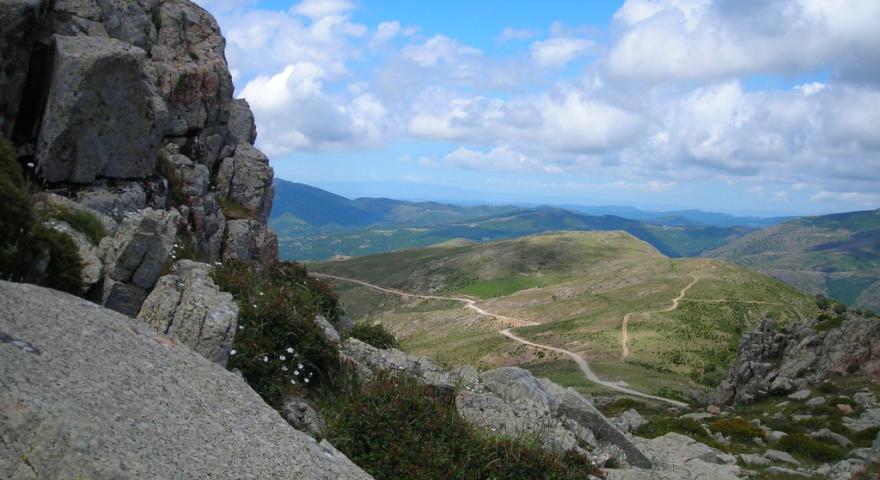 panorama sulla vallata dal monte Perdedu