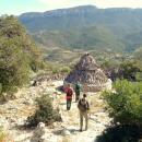 verso il meraviglioso pinnetto di sos Mojos e panorama su valle Oddoene